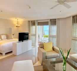 Lux belle mare   wellness suite